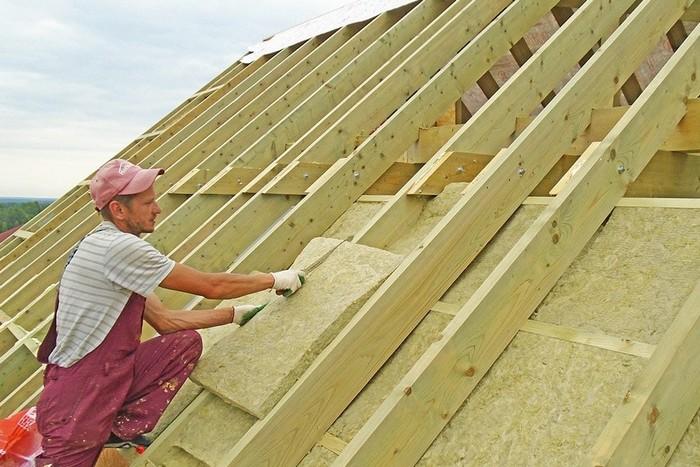 Фото 9. Процесс утепления крыши.jpg