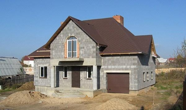Из чего построить дом из газобетона или керамзитобетона кому продать цемент в москве